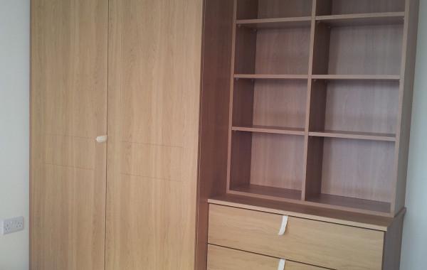Oak Wardrobe, Set of draws and Compartments